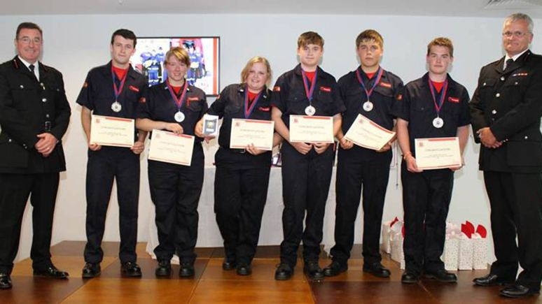 L-R: Jack Tempest, Lauren Burland, Abi Flett, Alex Hazlehurst, Daniel Stephens and Oliver Baldam presented with their certificates.