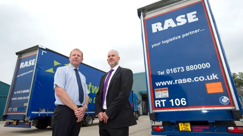 David Burgess from Clydesdale Bank's Business and Private Banking Centre in Lincoln and Geoff Hill, managing director at Rase Distribution. Photo: Chris Vaughan