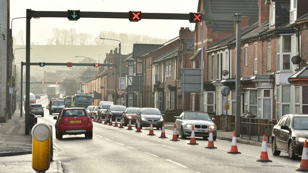 The Canwick Road works are causing traffic disruption in the area. Photo: Steve Smailes for The Lincolnite