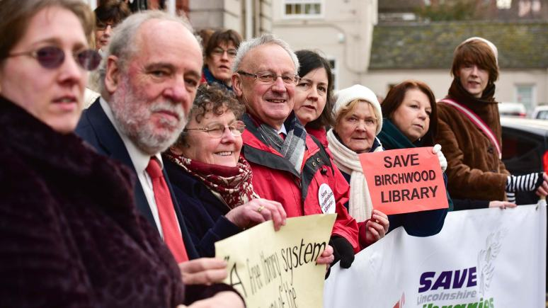 Save Lincolnshire Libraries campaigners outside the County Council offices. Photo: Steve Smailes for The Lincolnite