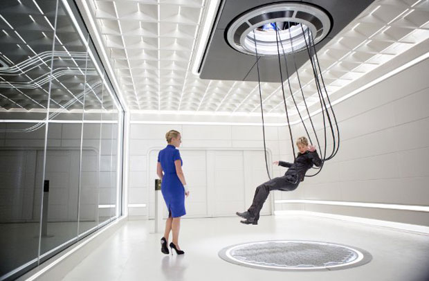 Kate Winslet and Shailene Woodley in Insurgent (2015). Photo: Andrew Cooper/Lionsgate