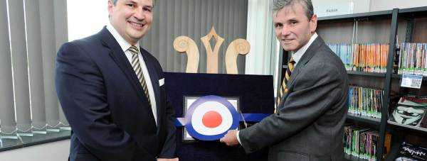CEO of the Lincoln College Group Gary Headland and AOC 22Gp Air Vice- Marshal Andrew Turner, who officially opened the building.