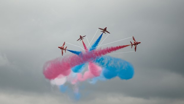 STEM-Day-RAF-Scampton---Red-Arrows-08-07-2015-SS-11