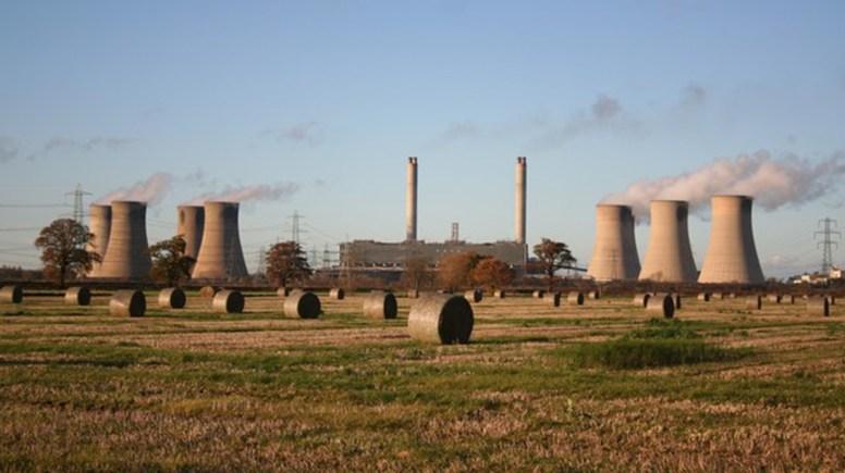 West Burton Power Station.  Photo: Richard Croft
