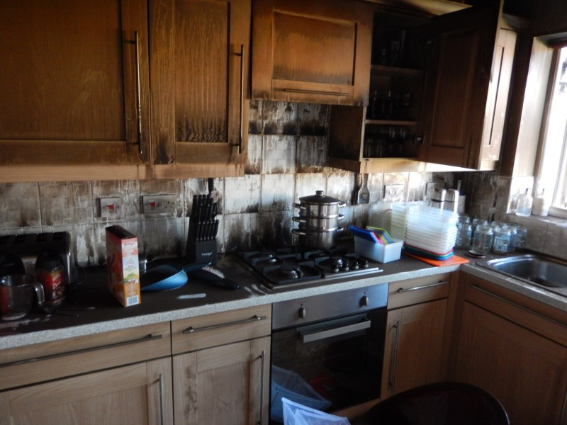 The damage which was caused to their kitchen fortunately did not spread far due to the couple's quick thinking.