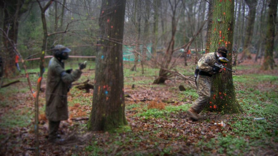 Example of outdoor paintballing. Photo via flickr: BraNewbs