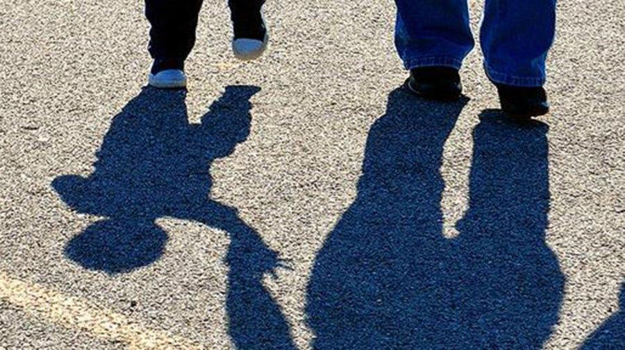 Child-shadow-creative-comons
