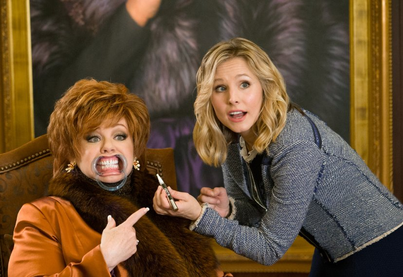 Melissa McCarthy and Kristen Bell in The Boss. Photo by Universal Pictures.