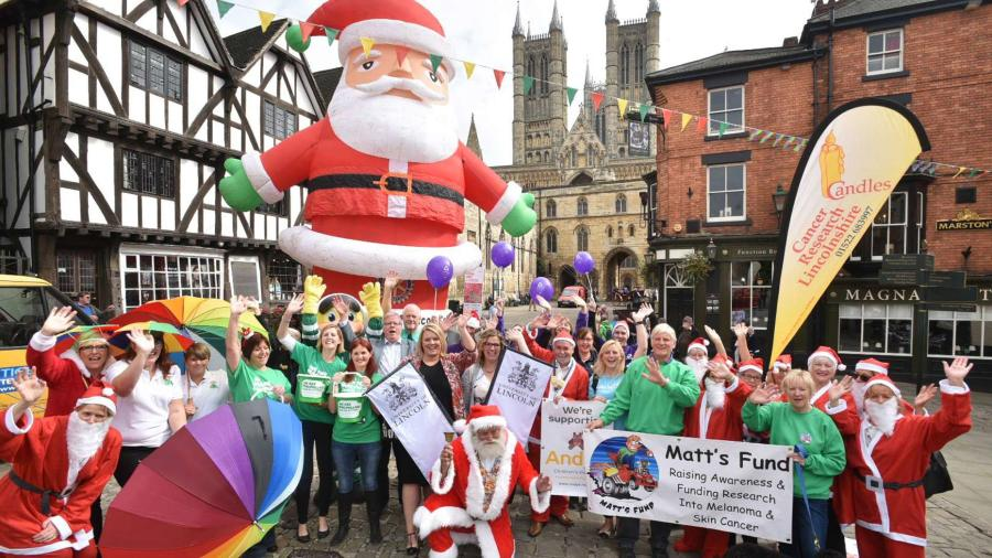 Sponsors and charities for the Santa Fun Run launched the event on Wednesday, September, 21. Photo: Steve Smailes for The Lincolnite.