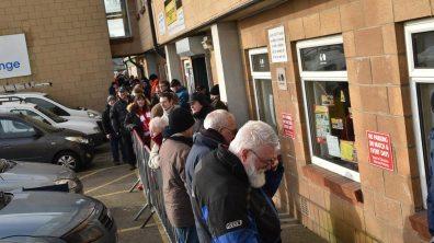 Lincoln-City-queue-1-ss