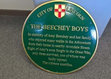 Plaque to honour Beechey family sacrifice