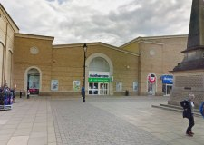 Man tussles with pram thief in Lincoln