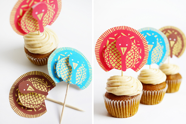 Printable wild turkey cupcake topper