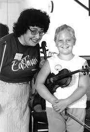 Anastasia Jempelis with a student