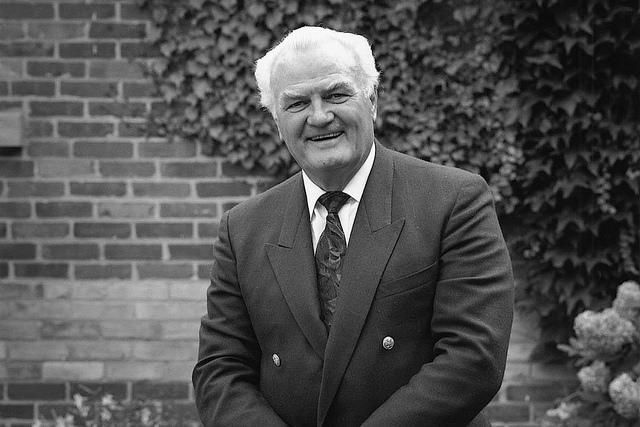 Canadian tenor Jon Vickers (1926-2015)