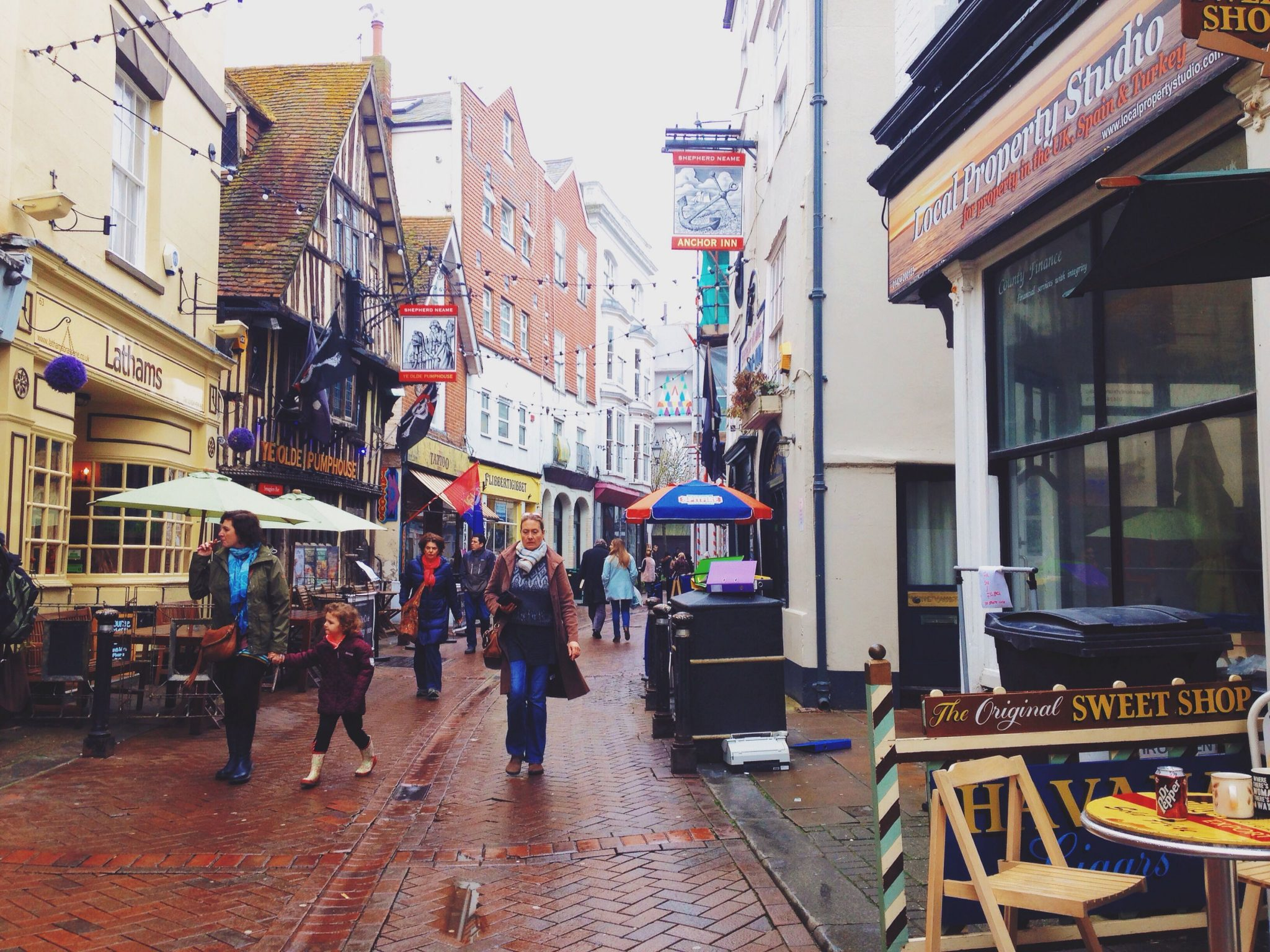 Snapshots of Hastings Old Town - The Little Backpacker