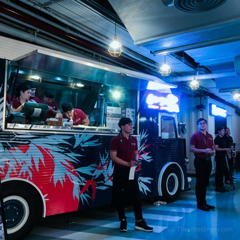 The Little Binger explores The Garage Food Park + VR Zone in City of Dreams Manila!
