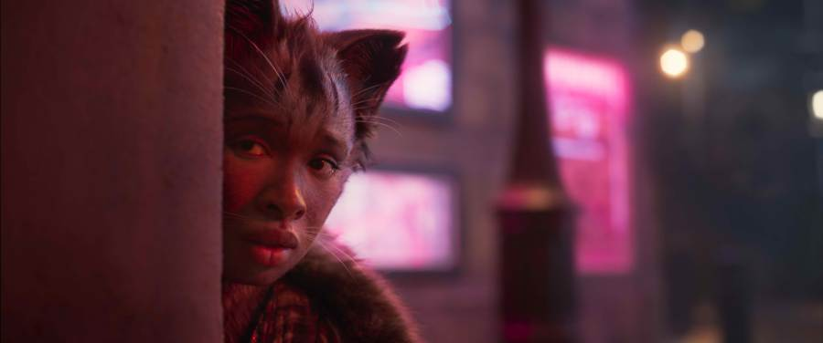Jennifer Hudson is a Jellicle in Cats. | The Little Binger | Credit: United International Pictures