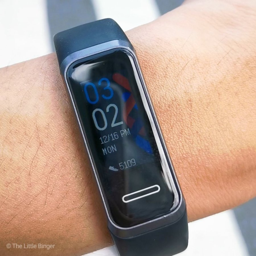 Customize your Huawei Band 4 with different faces.   The Little Binger