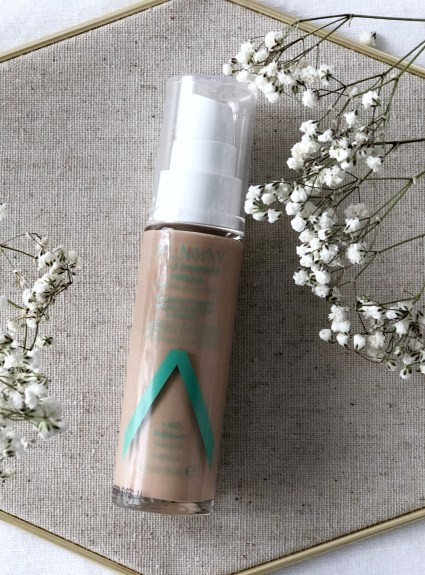Almay's Clear Complexion Makeup Foundation Review