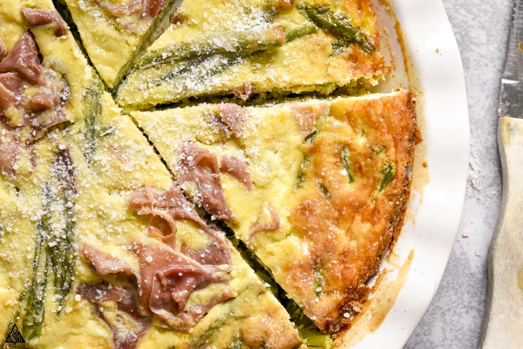 closer look of crustless asparagus quiche