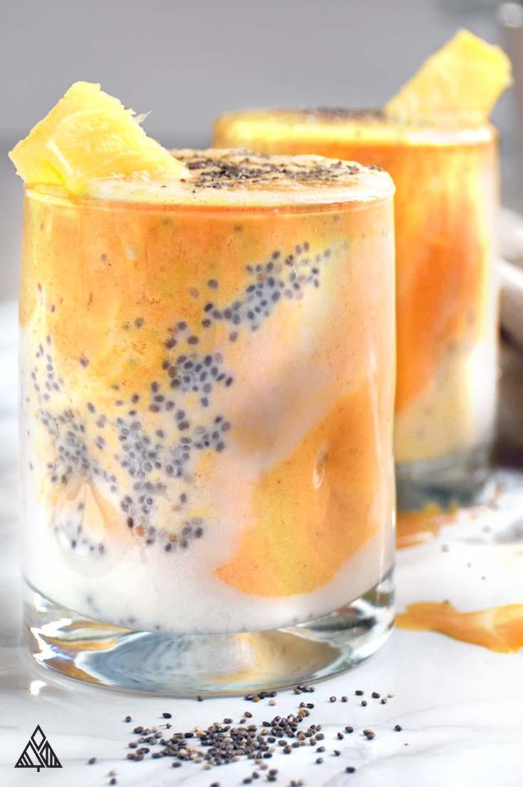 2 glasses of anti inflammatory smoothie
