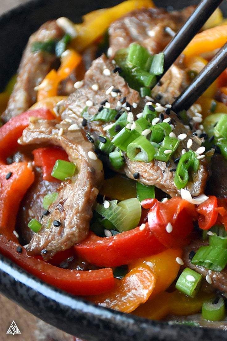 Low carb hunan beef topped with sesame seeds