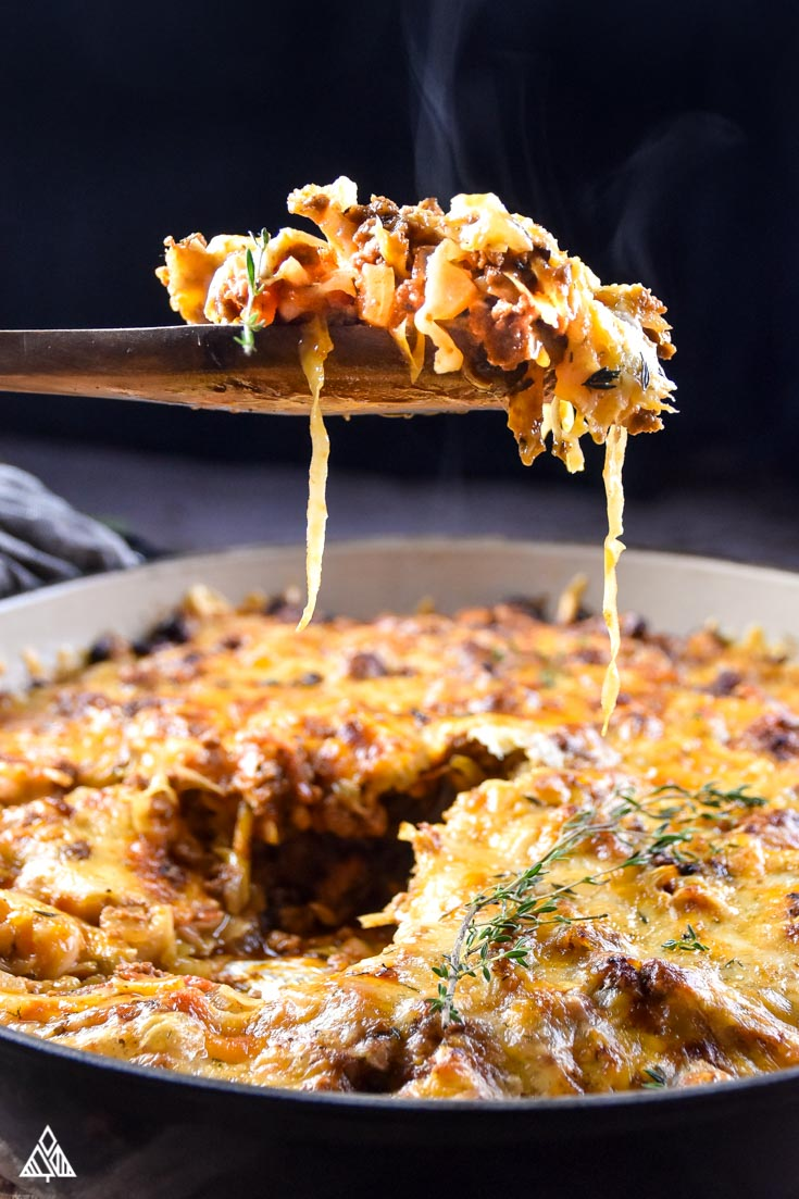 spoonful of cheesy low carb goulash