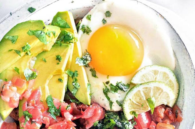 Low carb mexican breakfast bowl in a plate
