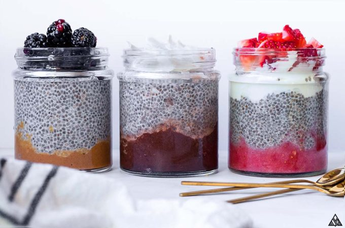 Here are 3 suuuper tasty low carb and keto chia pudding recipes for breakfast, snacks and desserts! Made from almond milk, chia seeds, and a handful of tasty add ons! #ketochiapudding #lowcarbchiapudding