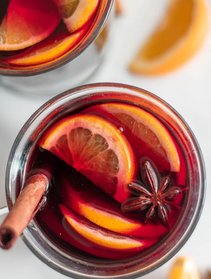 Low Carb Mulled Wine (6 Ingredients!)