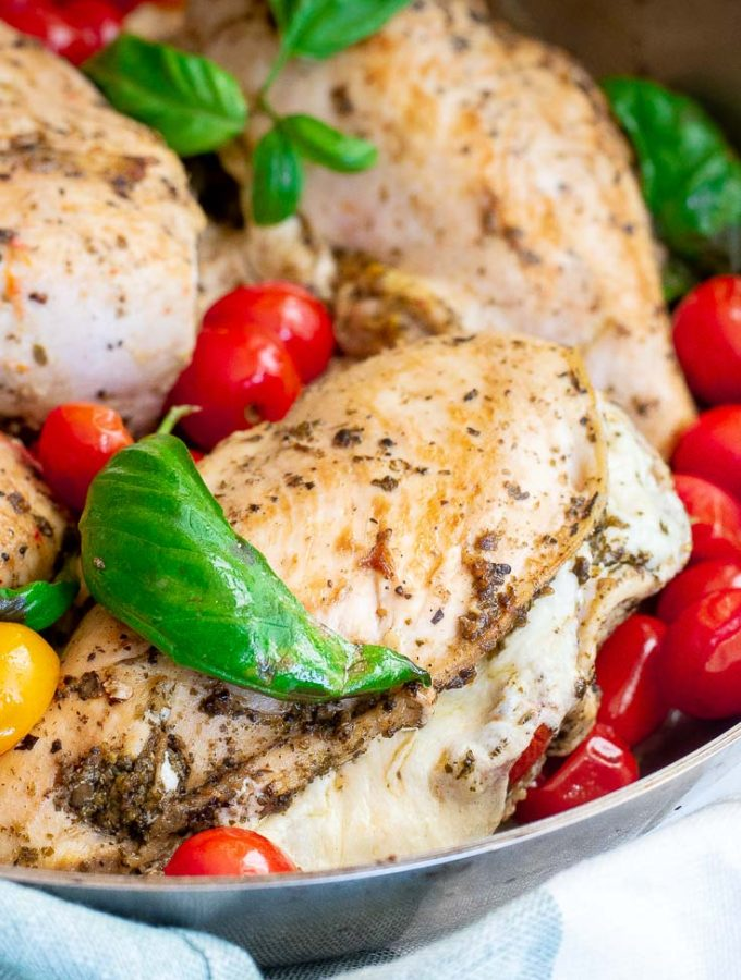 Mozzarella Stuffed Chicken (5g Net Carbs!)