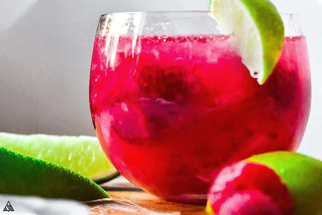 Closer look of low carb cosmopolitan in a glass