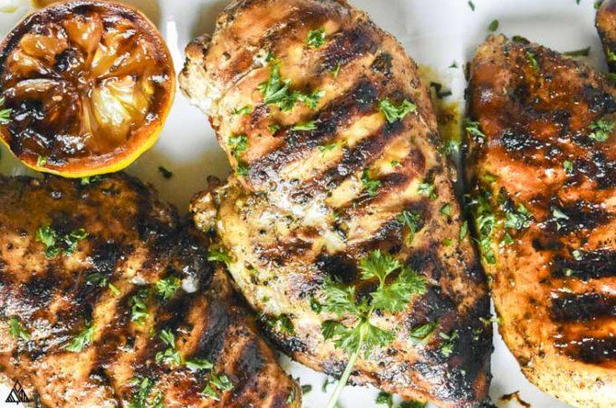 overhead of grilled mediterranean chicken marinade