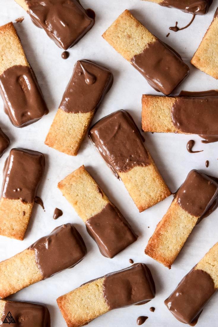 Top view of almond flour shortbread cookies