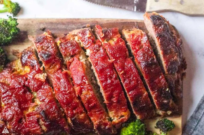 closer look of low carb meatloaf
