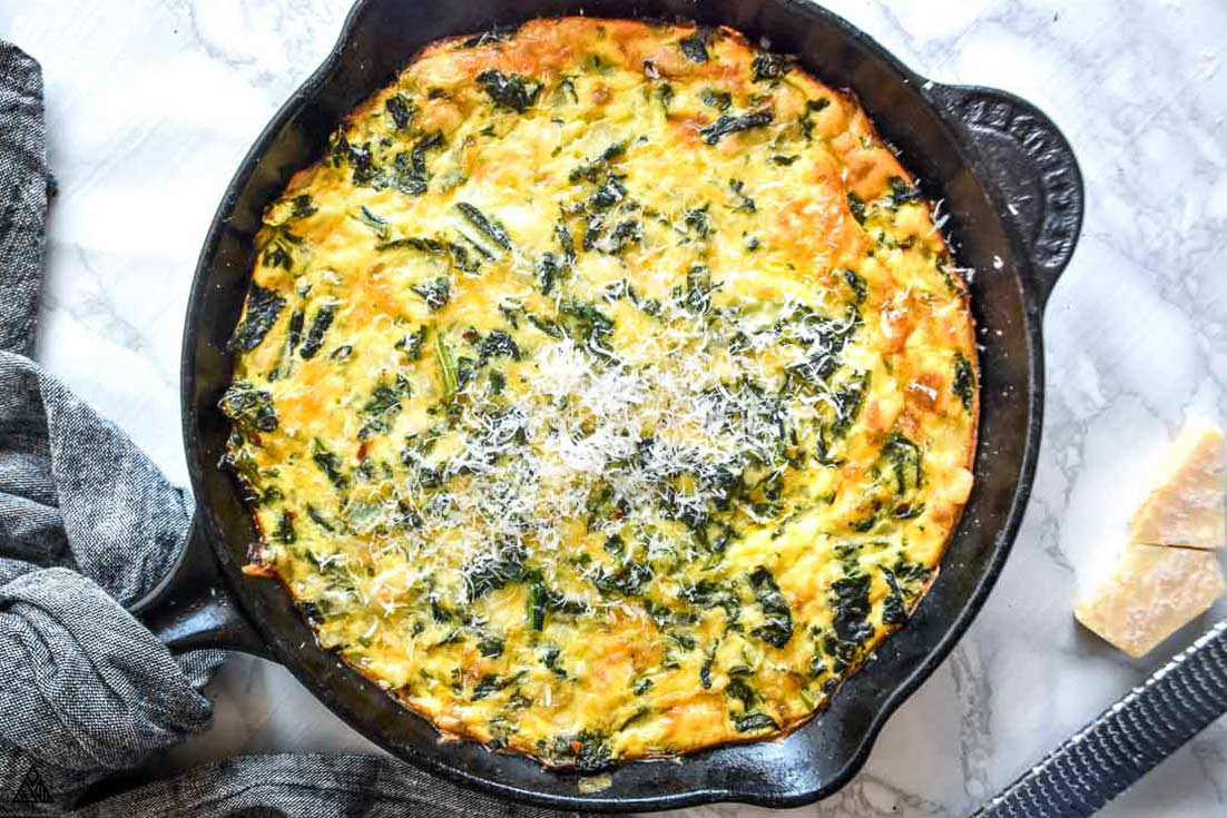 crustless spinach quiche in a pan