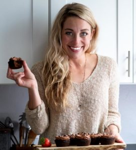 lindsey hyland, the blogger at little pine kitchen holiday a low carb chocolate cupcake