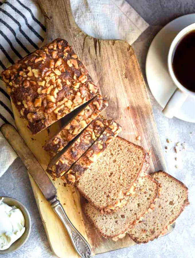 Low Carb Banana Bread (3g Net Carbs/Slice!)