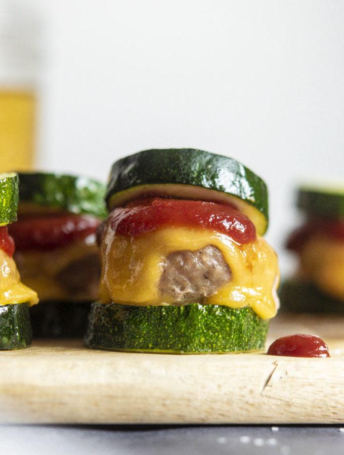 Turkey Burger Sliders (4 Ing. + Low Carb!)