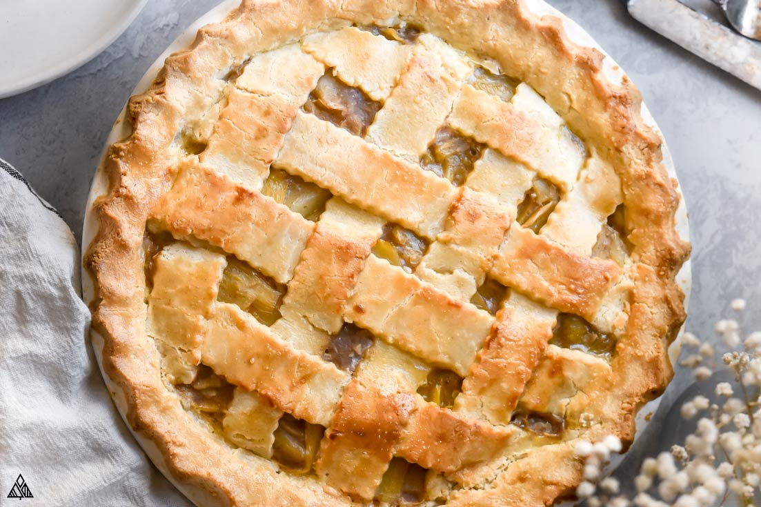 closer look of low carb apple pie