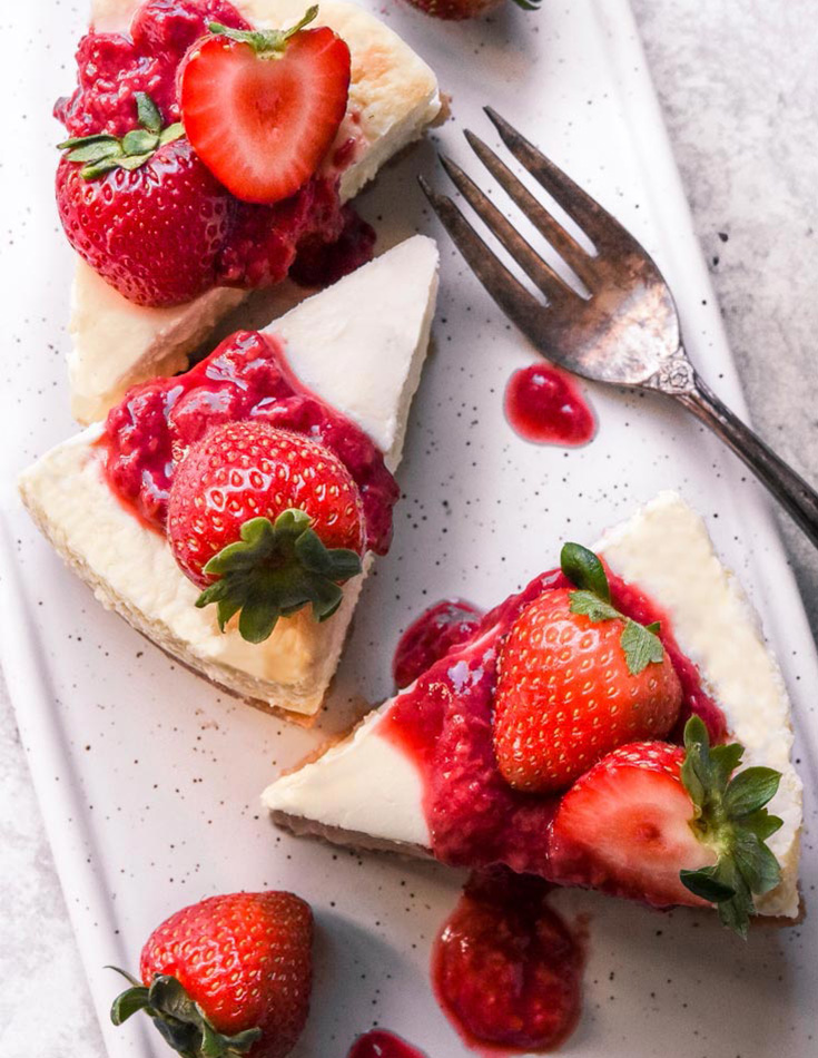 low carb desserts like this low carb cheesecake