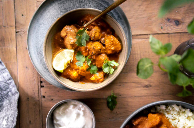 top view of easy chicken tikka masala in a bowl