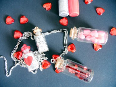 MAKE :: Valentine's Day Vial Necklaces | The little Red Heart