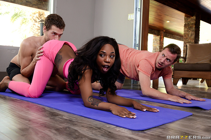 Brazzers hot ebony freak gets double teamed