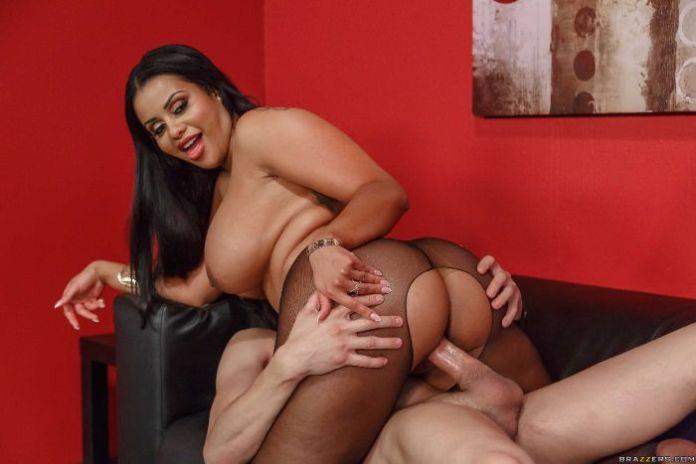 Hot Latina Milf Big Ass
