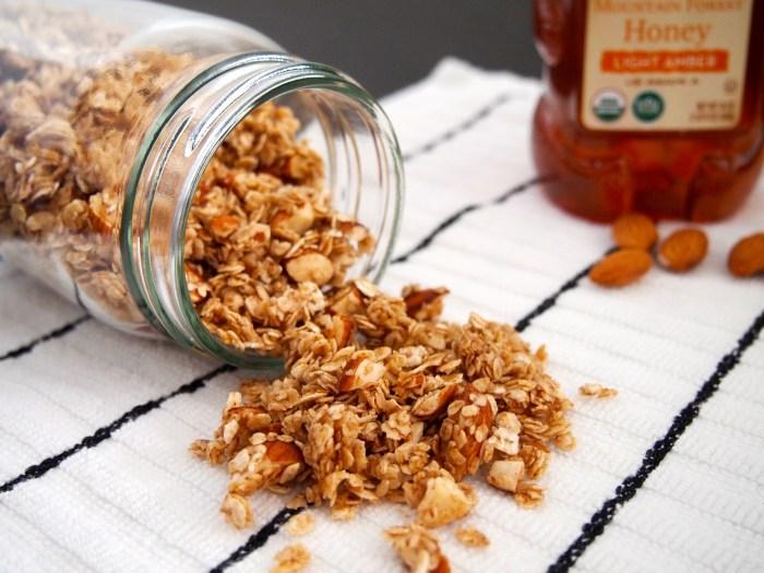 Super Simple Granola - Easy Homemade & Healthy Recipe