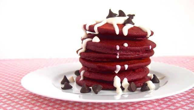 Healthy Red Velvet Pancakes