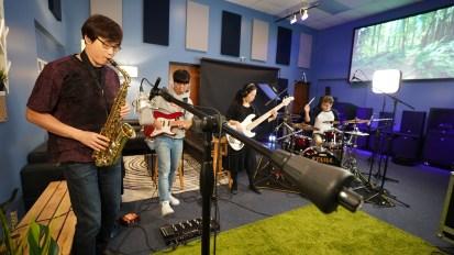 [VIDEO] Cross Wave Band M/V Production @ Living Sound Studio