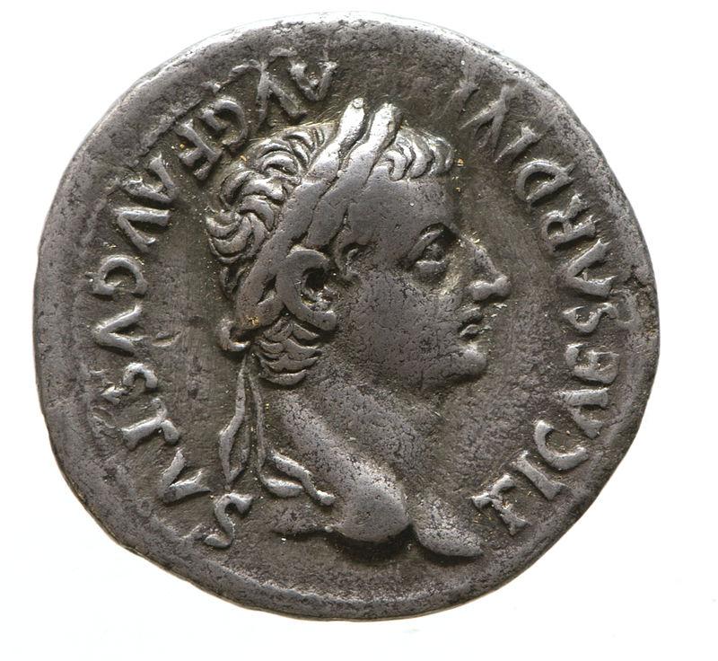 Denarius showing the Emperor Tiberius